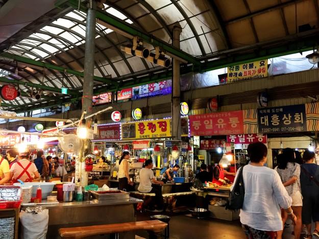 Gwangjang Mkt image 2.jpg
